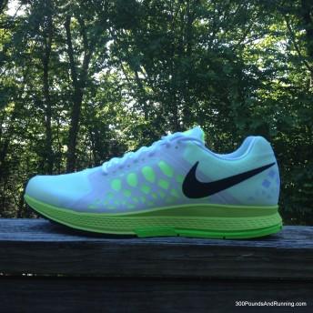 Nike Air Zoom 90 IT (Wide) Men's Golf Shoe. Nike SG